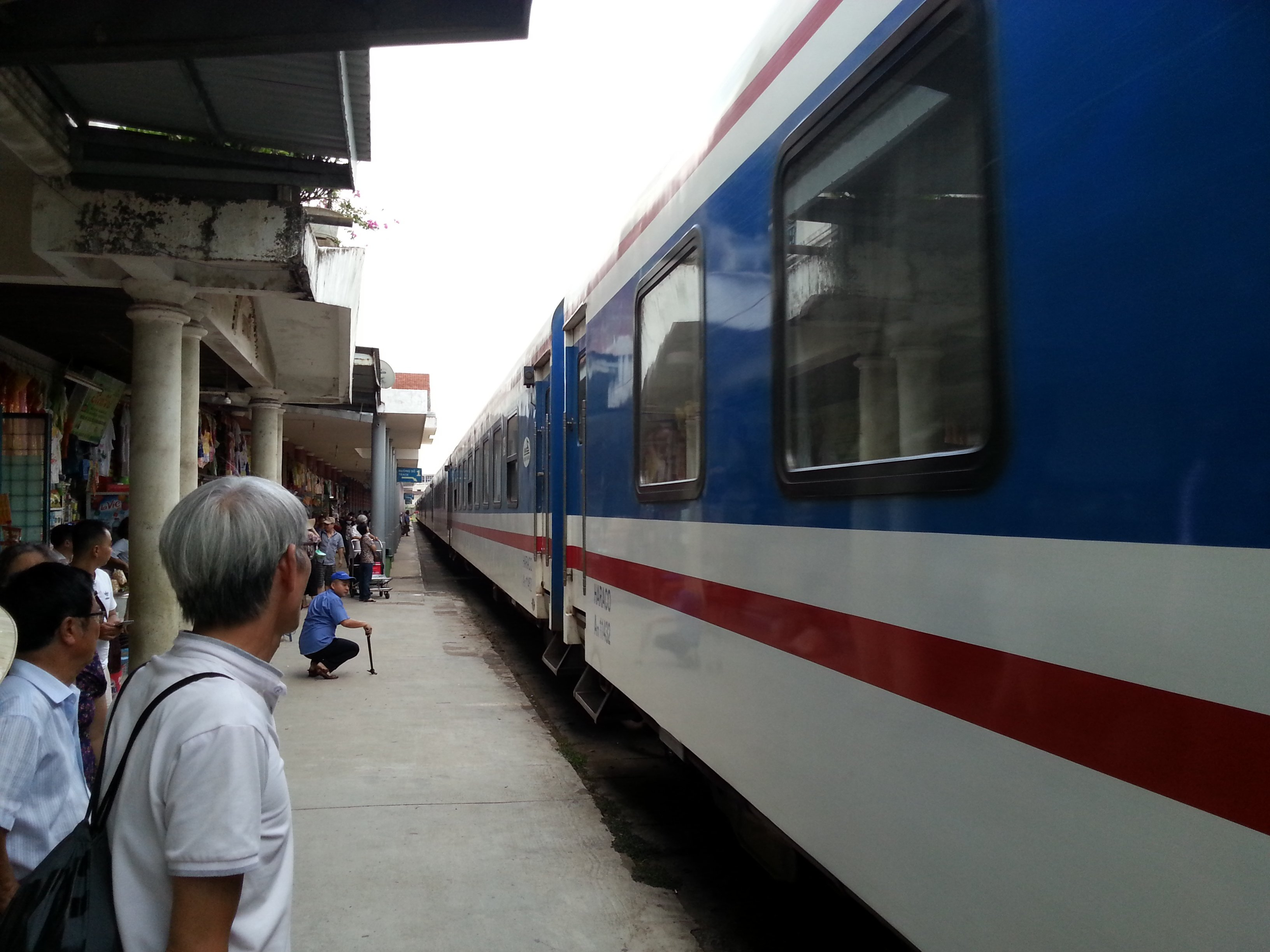 Train #SE2 at Hue Railway Station