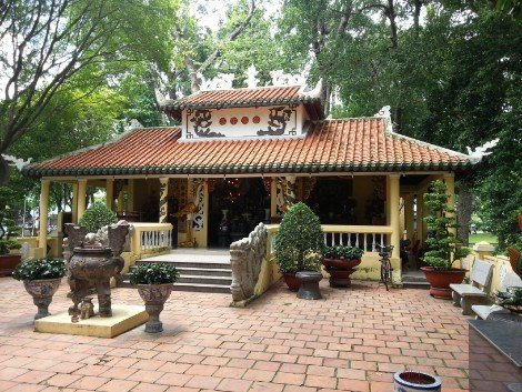 Temple in Tao Dan Park in Ho Chi Minh City